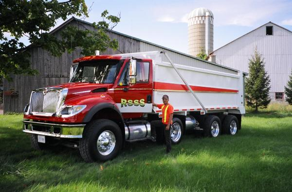 big red 425hp IHC 7600